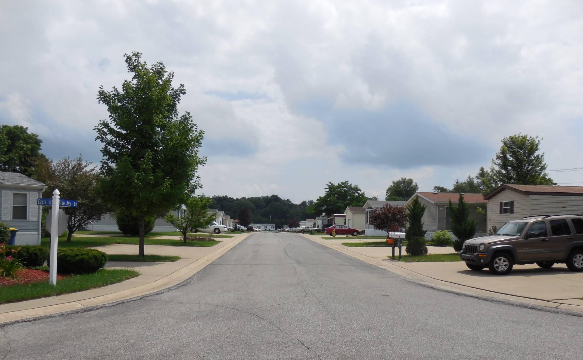 LS Willow Club Street View #3 7-2013